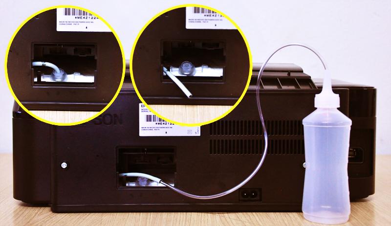 Colocando coletor de resíduo na Impressora Epson TX 125